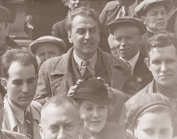 _13В 1935 году Орлова и Александров впервые оказались у трибуны Мавзолея во время праздника 7 Ноября
