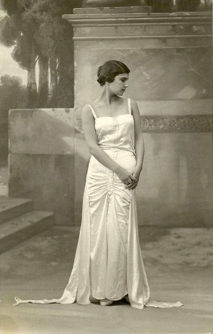 0_d7081_2841e505_XXXLМисс Греция. Алики Диплараку (28 августа 1912 – 30 октября 2002). Мисс Европа 1930