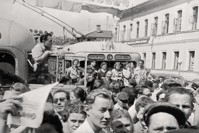 moskva_1957_swiss_reporter_leonard_gianadda_10hg
