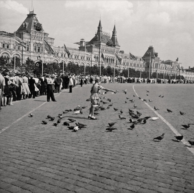 moskva_1957_swiss_reporter_leonard_gianadda_31hg