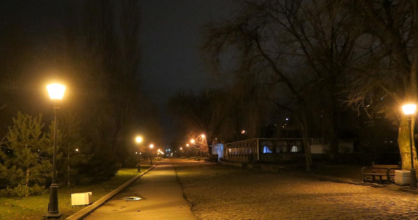 Почти красивый ночной Таганрог, часть 2 когда, может, будет, ужасов, хорошо, быдлонеоном, зерновиков, говённо, Оказалось, Индастри, фильме, праздно, ночью, выглядеть, лестницы, заброшенная, Думал, света, зловеще, шатающихся