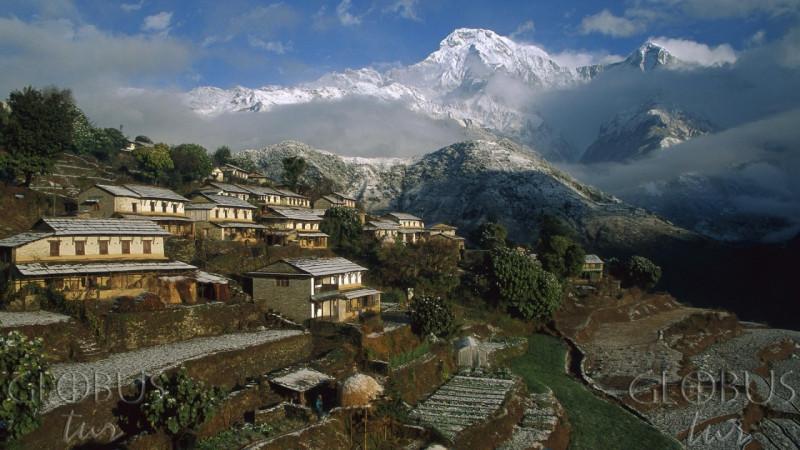 Это в Бутане Гималаи.