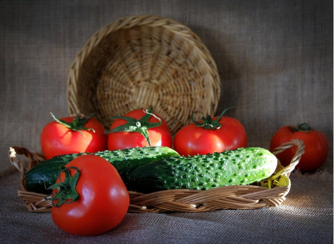 Рынок томатов и огурцов