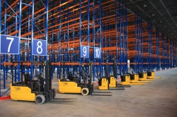 Размещение и хранение товаров на складе