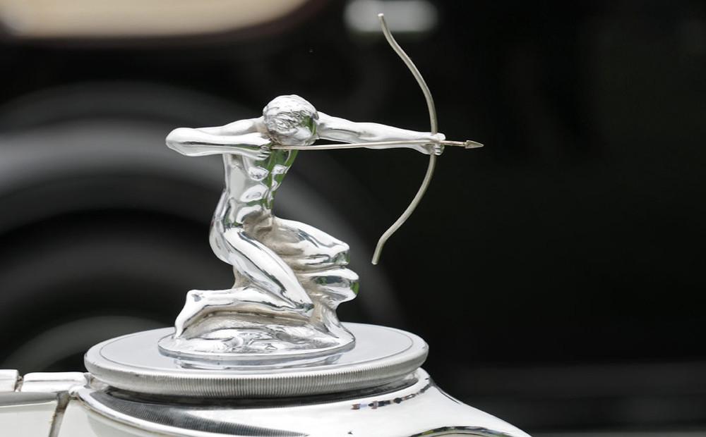 04 Pierce-Arrow Silver Arrow 1933.jpg
