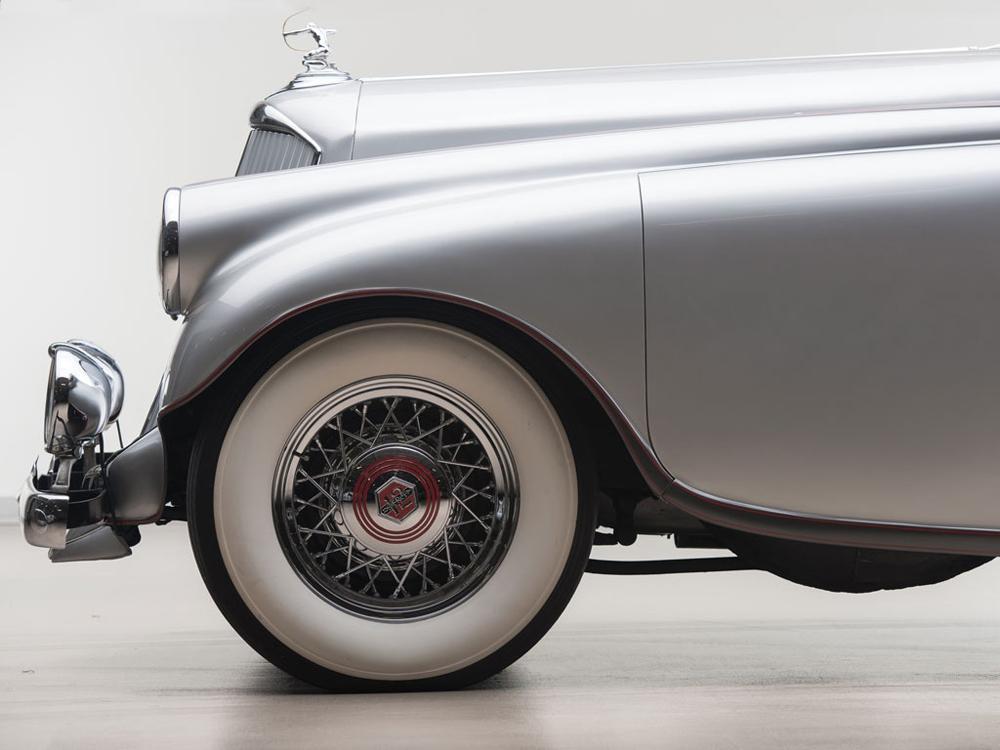 05 Pierce-Arrow Silver Arrow 1933.jpg