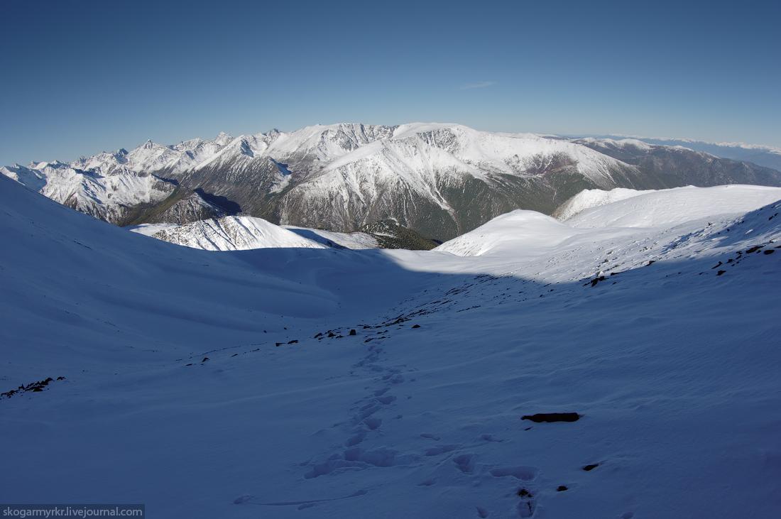 подъём на перевал Кара-Тюрек фото снег сентябрь долина Тегеек Кучерла