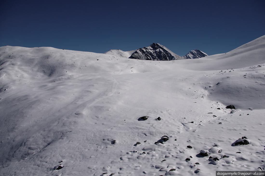 перевал Кара-Тюрек фото снег сентябрь Белуха Ак-Кем