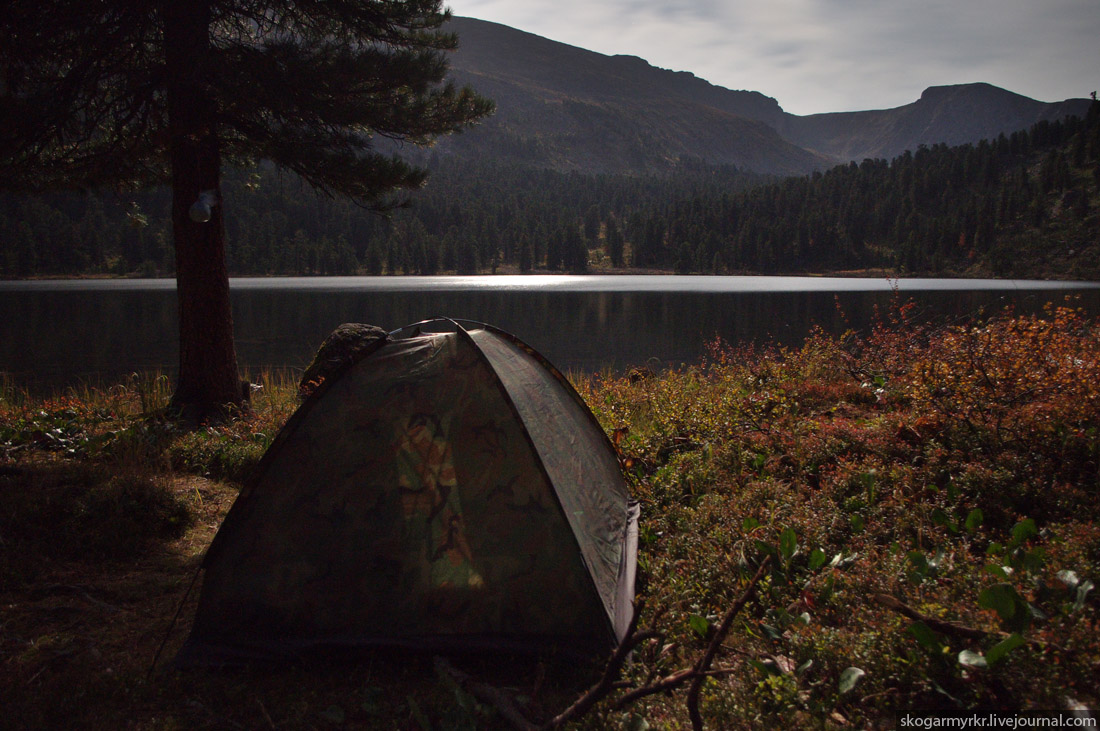 ночёвка в палатке на Каракольских озёрах Алтай фото