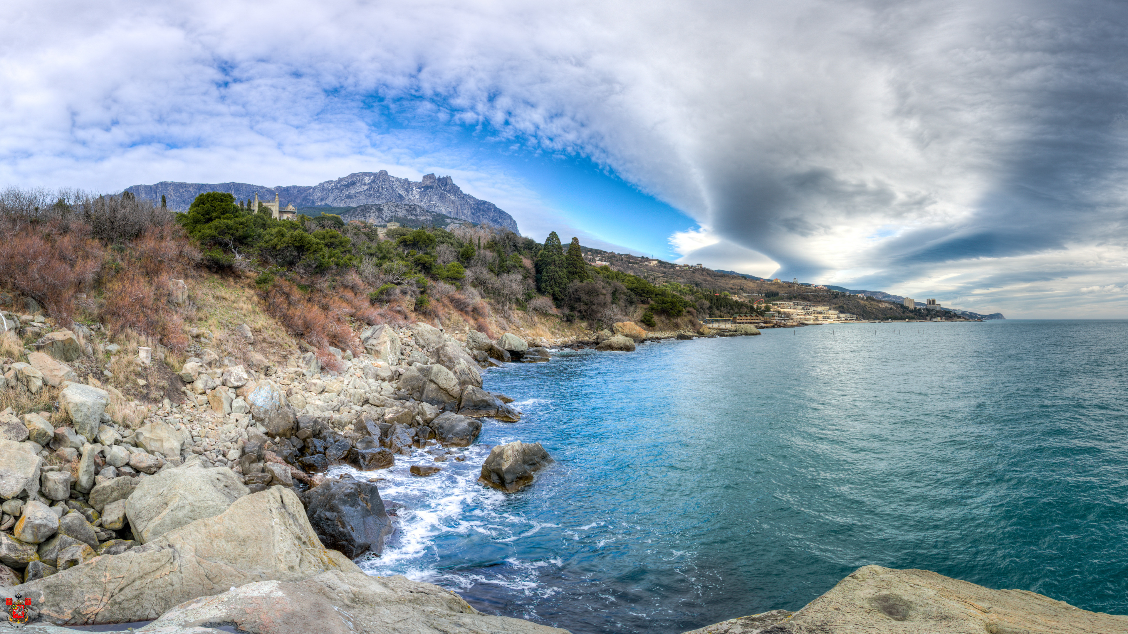 картинки на рабочий стол море горы природа черное море стоит слепо