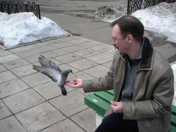 Папа и голуби-2