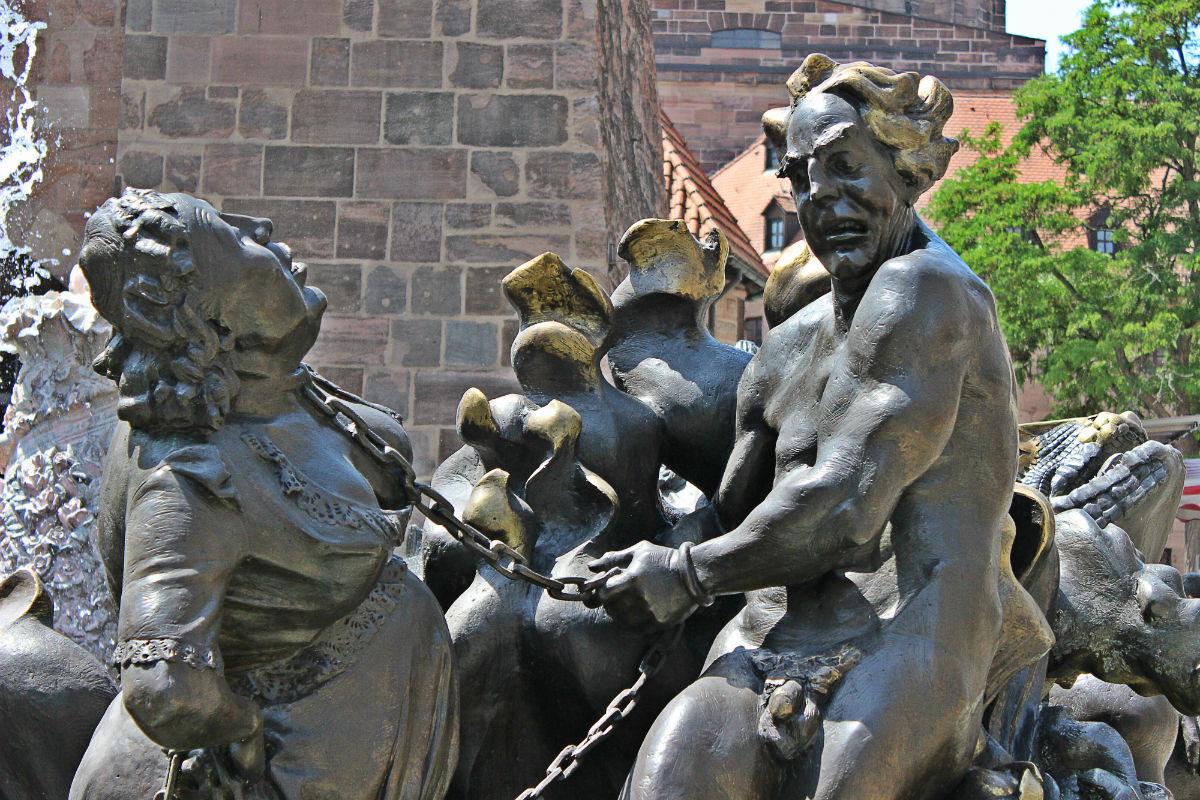 фонтан Брачная карусель в Нюрнберге13