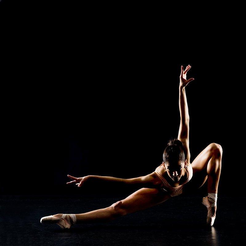 Танцы Музыка В Исполнении Обнаженных