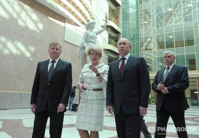 Картинки по запросу путин полтавченко городской суд санкт-петербурга скуркис