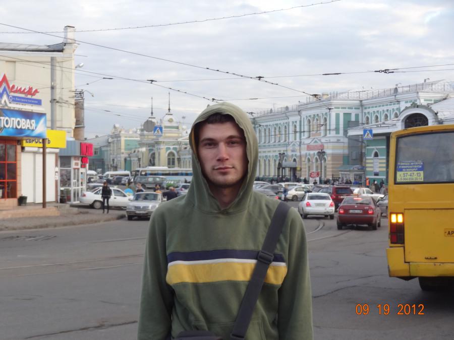 Михаил Гусельников