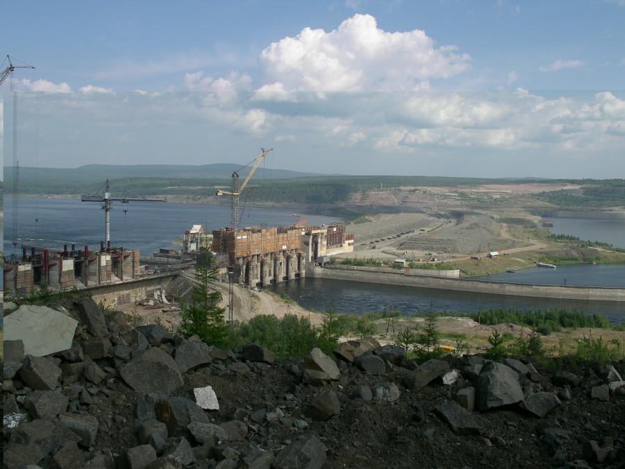 Богучанска ГЭС в 2007 году