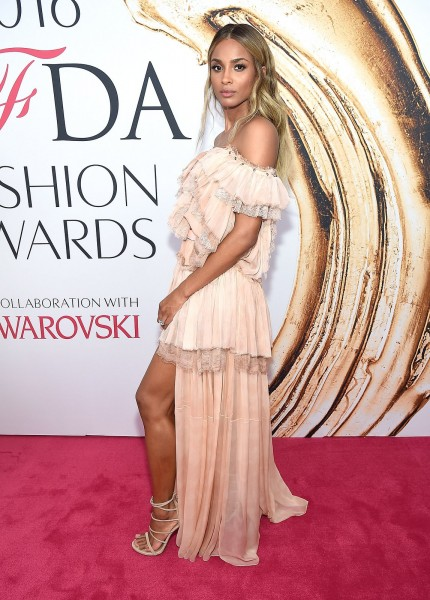 ciara-cfda-awards-2016