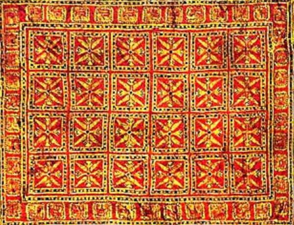Пазырыкский ковёр, центральная часть
