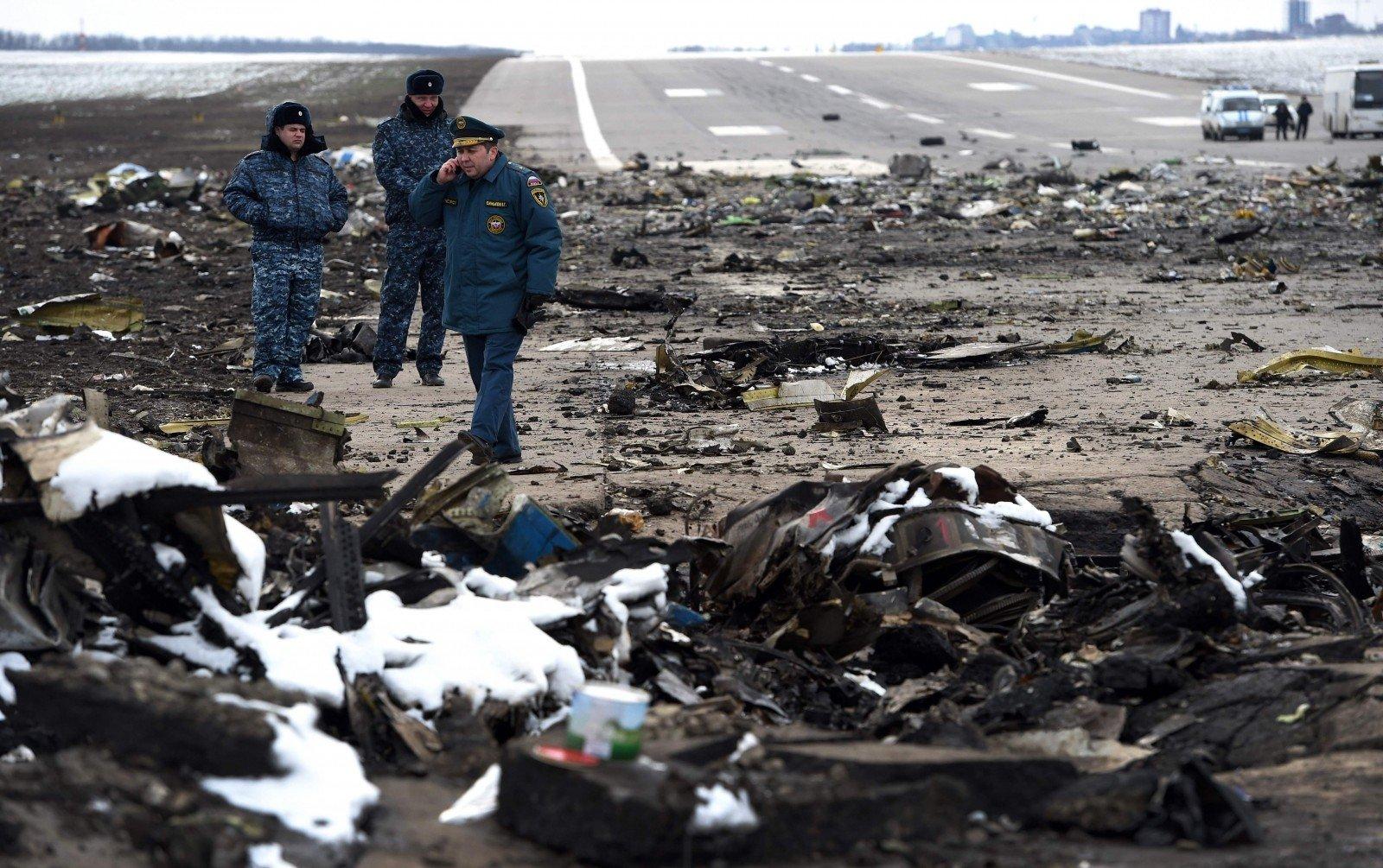 крушение самолета в ростове сегодня фото