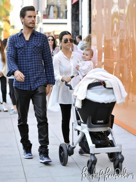 Kourtney-Kardashian-Shopping-Rodeo-Drive-Scott-Disick-Penelope-026-675x900