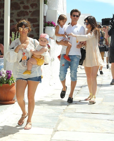 Kourtney-Kardashian-White-Top-Greece-11