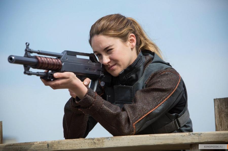 kinopoisk.ru-Divergent-2485630