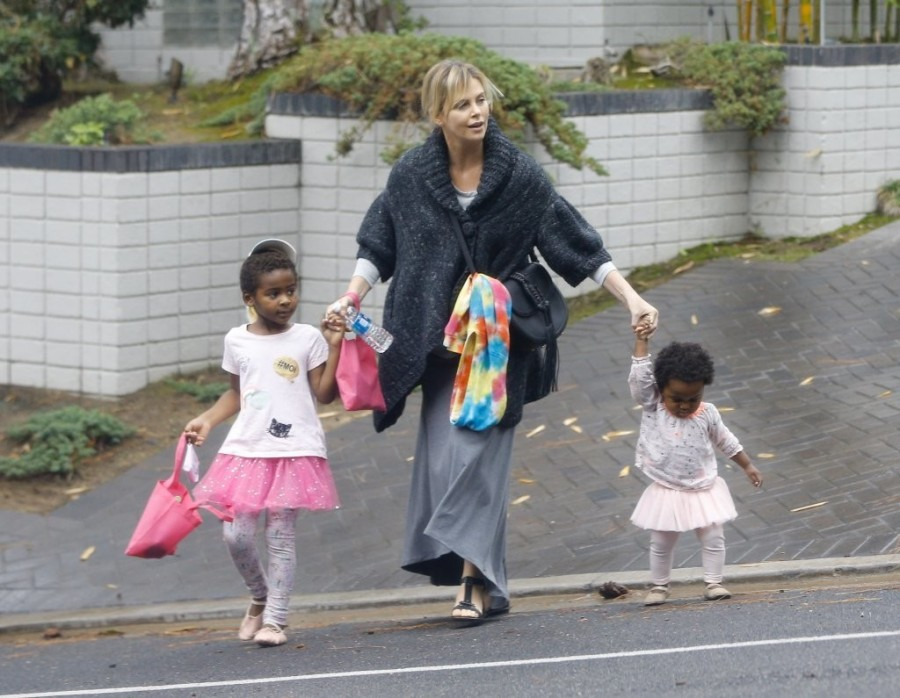 Charlize+Theron+Kids+Show+Off+Their+Halloween+fwT_0GHsn84x