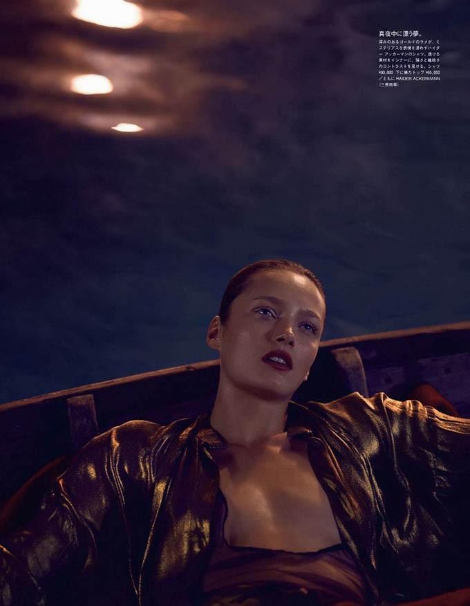 Karmen-Pedaru-Vogue-Sean-Seng-04