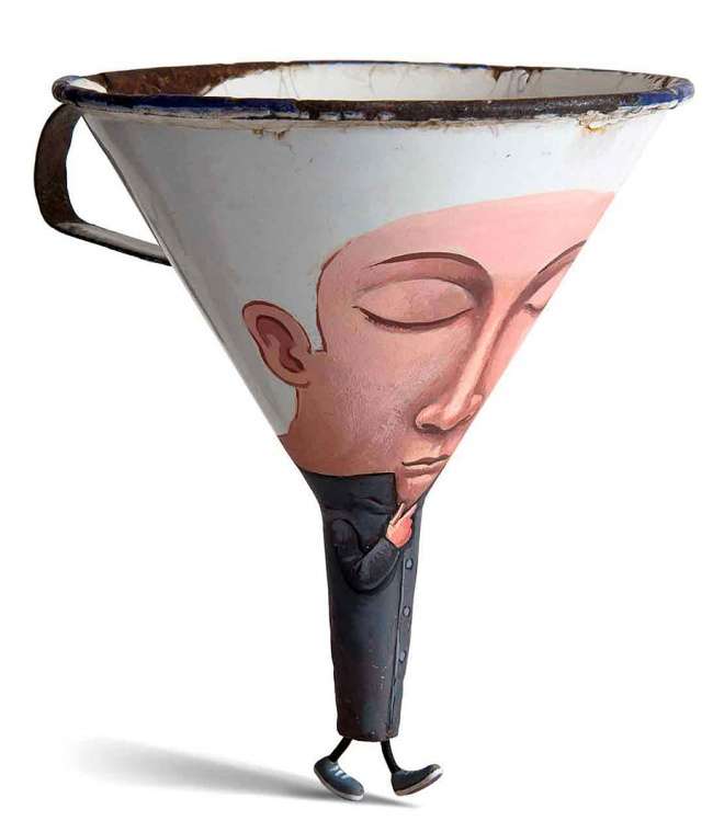 6627410-R3L8T8D-650-funny-everyday-objects-sculptures-gilbert-legrand-16