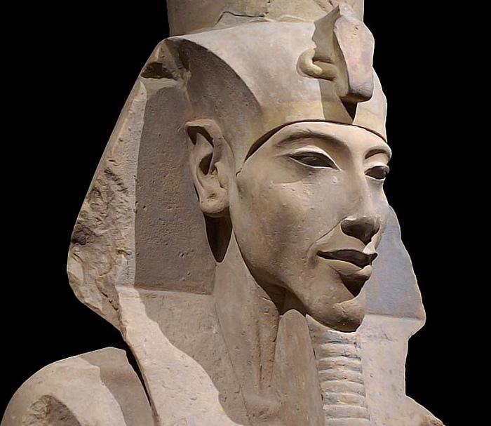 Египтом правили великие фараоны, вроде Эхнатона
