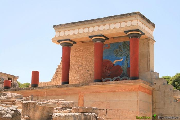 Руины критского дворца минойской эпохи.