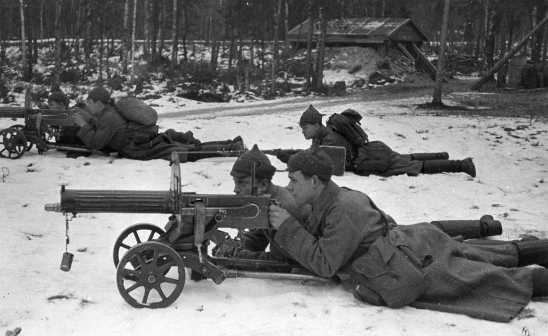 Пулемет Максим разработал американец Хайрам Максим