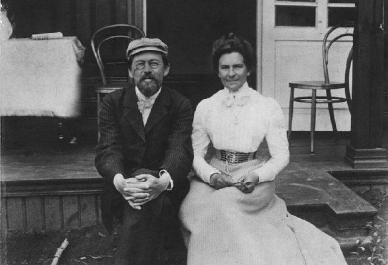 Супруги Чеховы