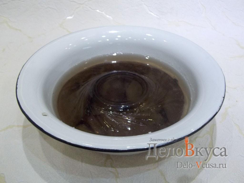 Маринованный толстолобик: Слить жидкость