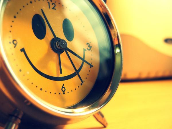 утро-доброта-часы-песочница-1406699