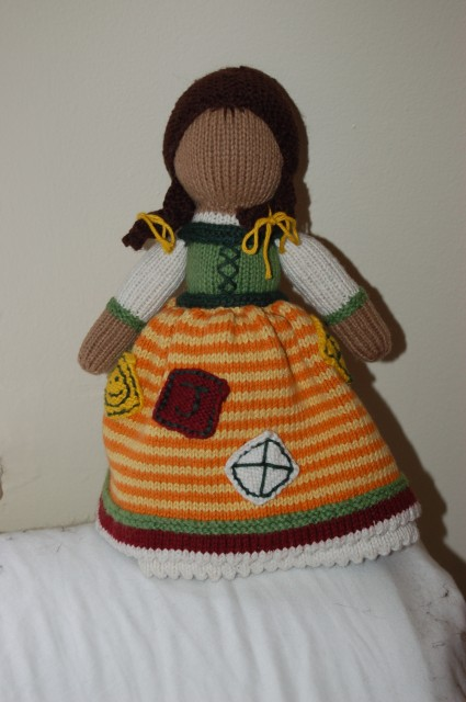 We are the knights who say KNIT!: FO: Topsy Turvy Doll