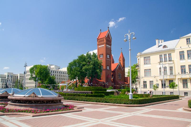 минск фото площадь независимости
