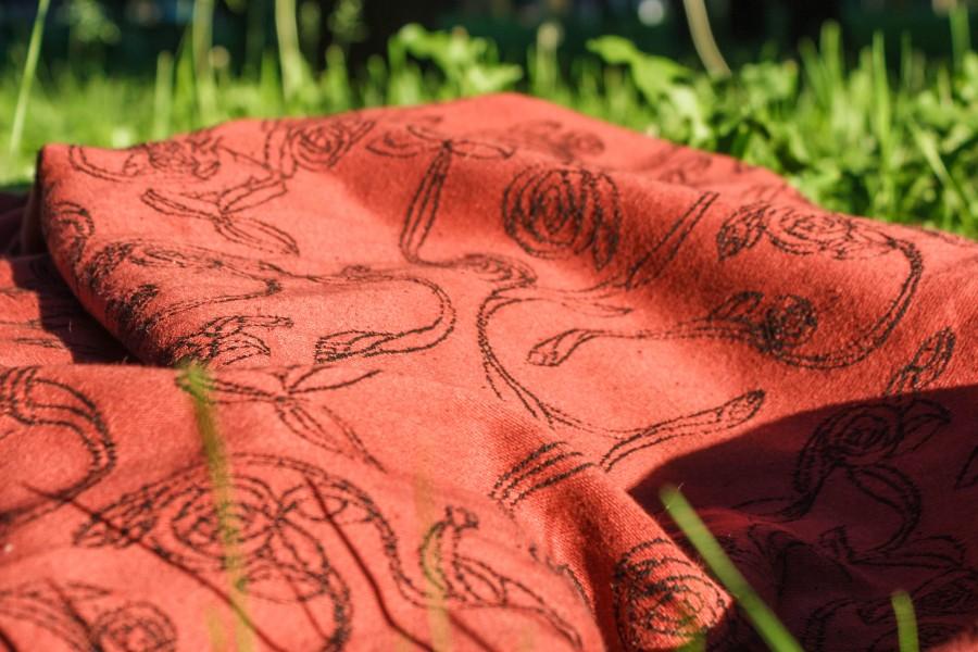 Теперь, внимание, дневное солнце, в тени (да, мы гуляли практически весь  день, шарф реально несет!)) feea14be2cc