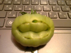 первая помидорка улыбка