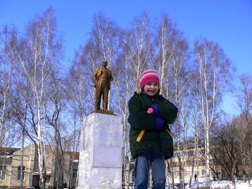 Восьмилетняя Вика не знает дедушку Ленина