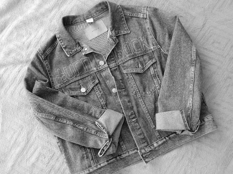 """Джинсовая куртка после """"переделок"""""""
