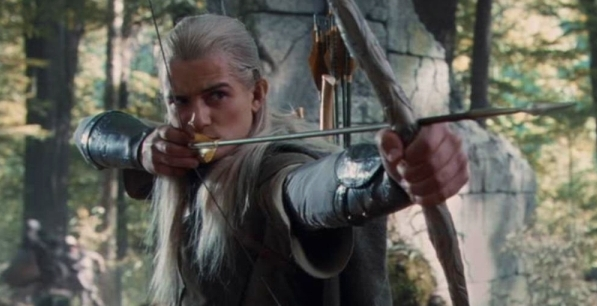 Bow_of_the_Galadhrim_as_being_use_by_Legolas
