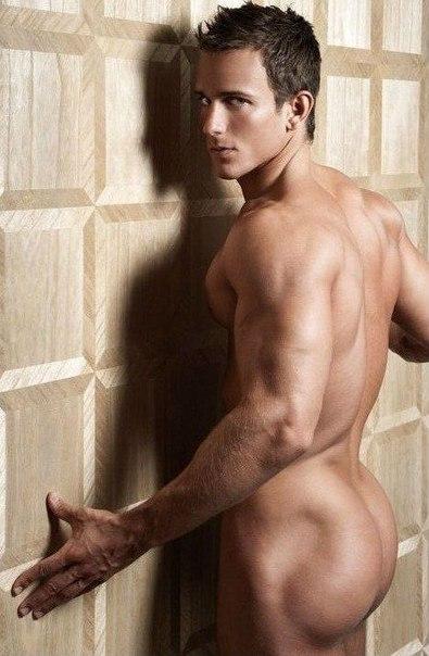 Фото голи парни