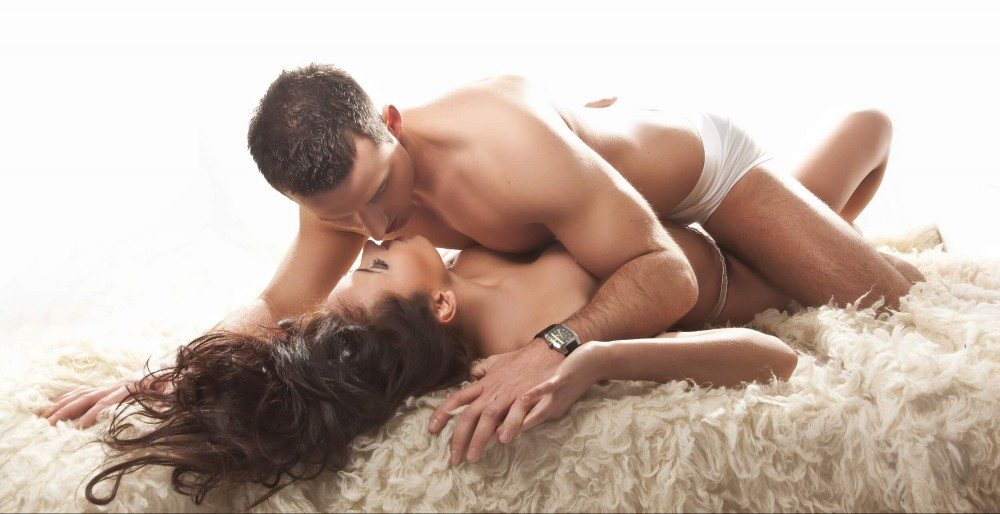 Intimate couples photo shoot