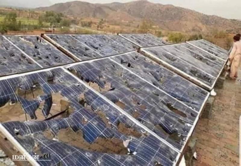 Солнечные батареи после града