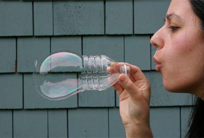 entertainment-amazing-soap-bubbles-1