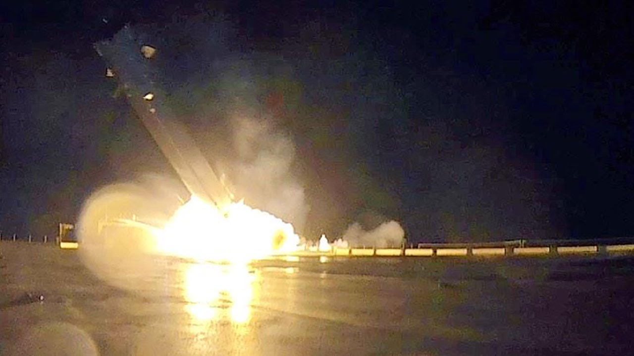 D_explosive-near-landing.jpg