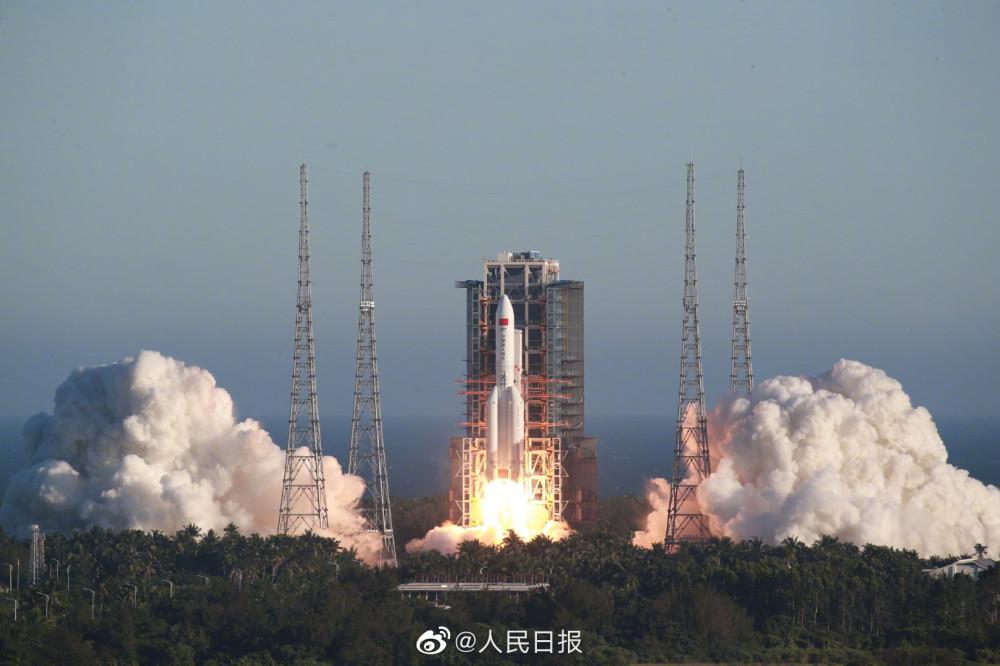 Китай, космодром Вэнчан - успешный пуск CZ-5B CZ5B-2.jpg