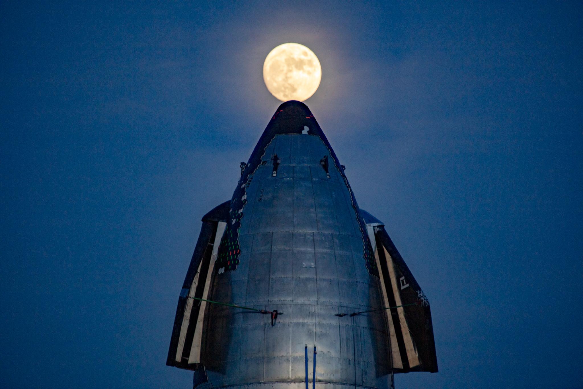 a2 moon JennyHautmann.jpg