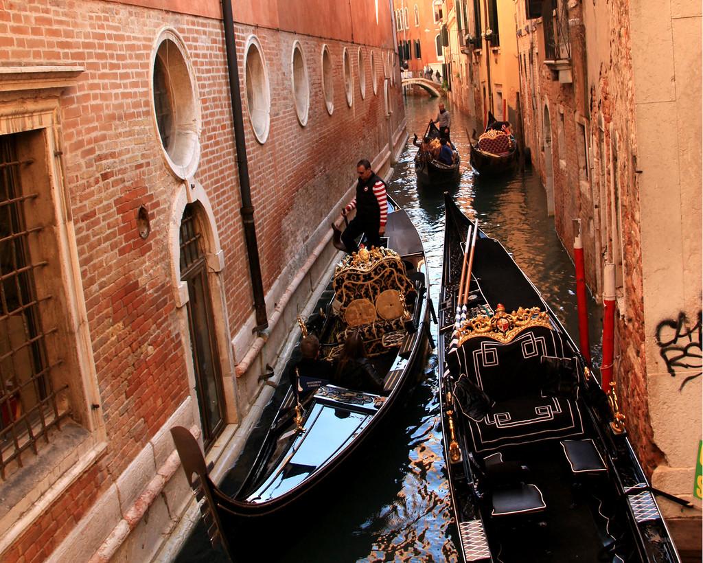 венецианские гондолы картинки живут цыгане